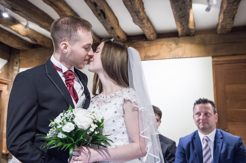 Coventry registry office by coventry wedding photographer