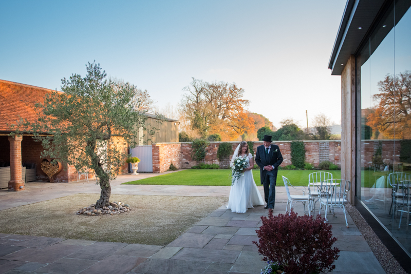 Swallow Nest barn near Warwick in the lens of Mk Wedding photography- wedding venues inspirations