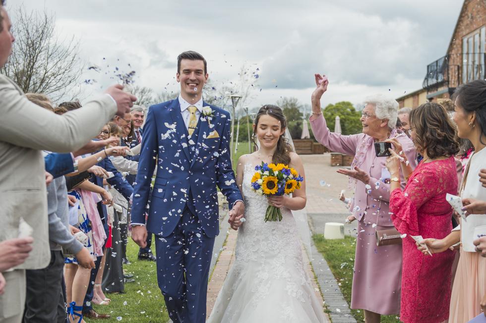 natural wedding photography at Wootton Park