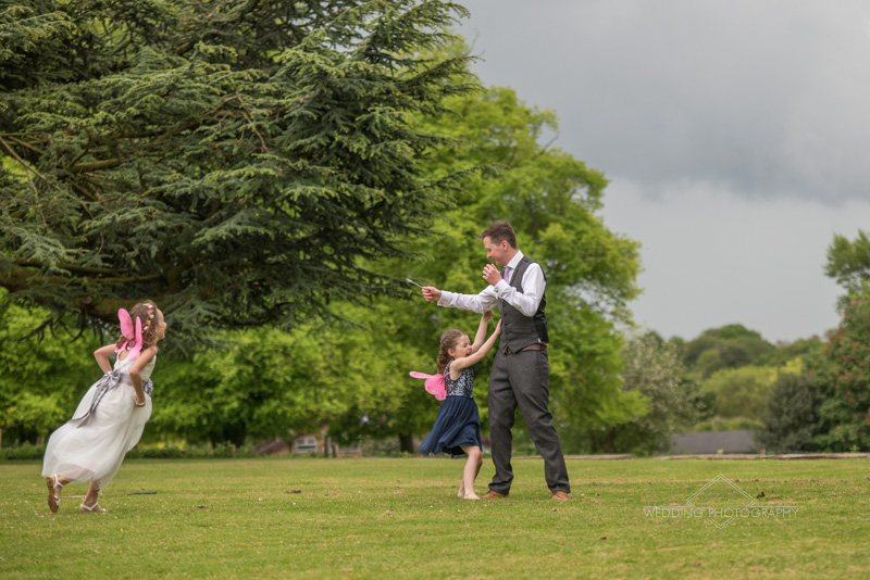 informal wedding photos at ashton lodge