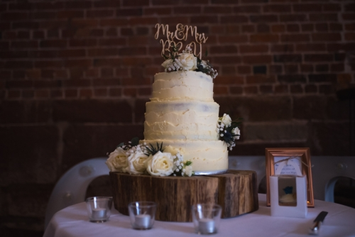 wedding cakes inspirations photographed by coventry wedding photographer