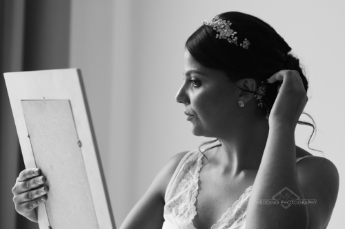 MK Wedding Photogtraphy's best preparation photo of 2019. natural light, natural beautiful contrast.
